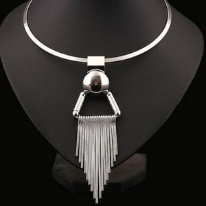Jewelry - Silver Metal Collar Tassel Pendant/ Bib Necklace
